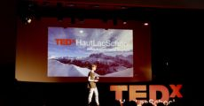 a student on stage during the tedx event hosted at haut-lac in 2018